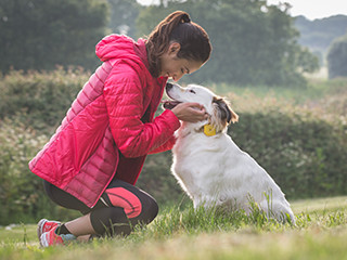 Findster Duo Is The First Gps Pet Tracker Without Monthly Fees A Real Time Pet Locator And A Pet Activity Tracker That Rewards You For Keeping Your Furry