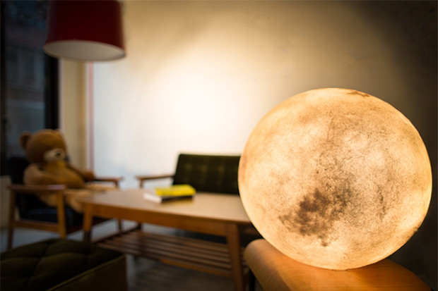 Luna Light Lampen : Luna: bring the moon along with you indiegogo