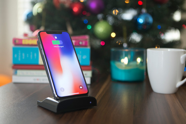 MOVER PLUS: First Transformer Wireless Charger.