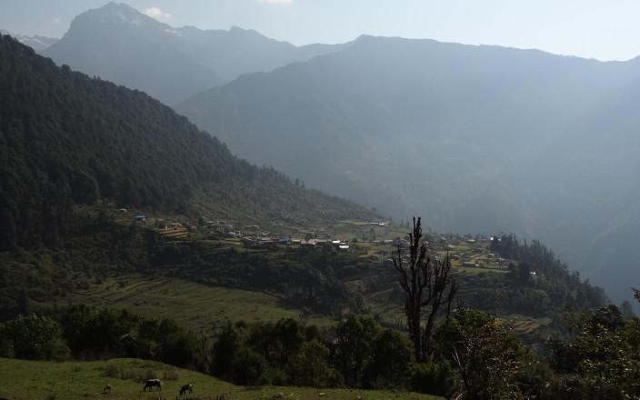 Help the Yolmo community in Nepal!