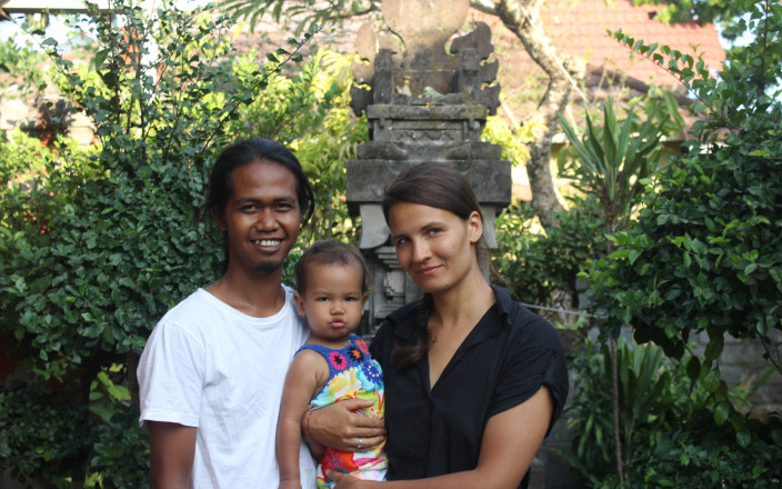 Save Indonesian - Lithuanian Family