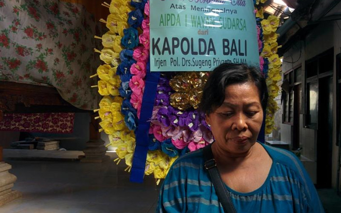Assisting the Family of a Fallen Bali Policeman