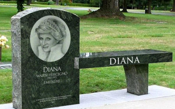 Princess Diana memorial bench and lake by Kovács Beáta ...