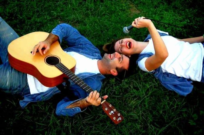 Help 'Mila Re' Greek Music Group | Indiegogo