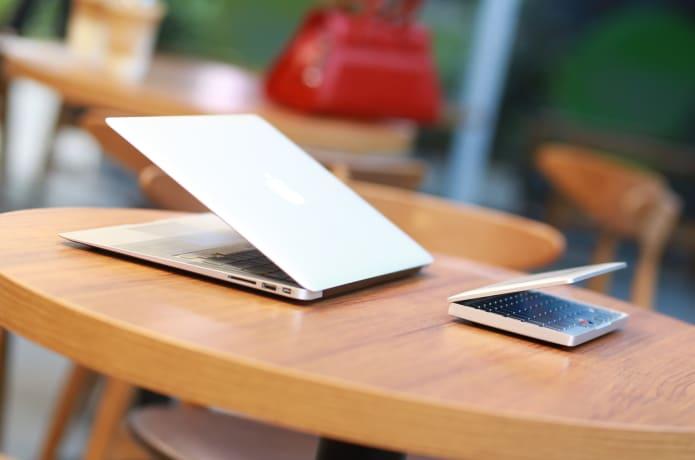 GPD Pocket: 7 0' UMPC-Laptop 'Ubuntu or WIN 10 OS' | Indiegogo