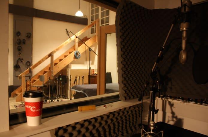 Joline Baylis - The Debut Album | Indiegogo