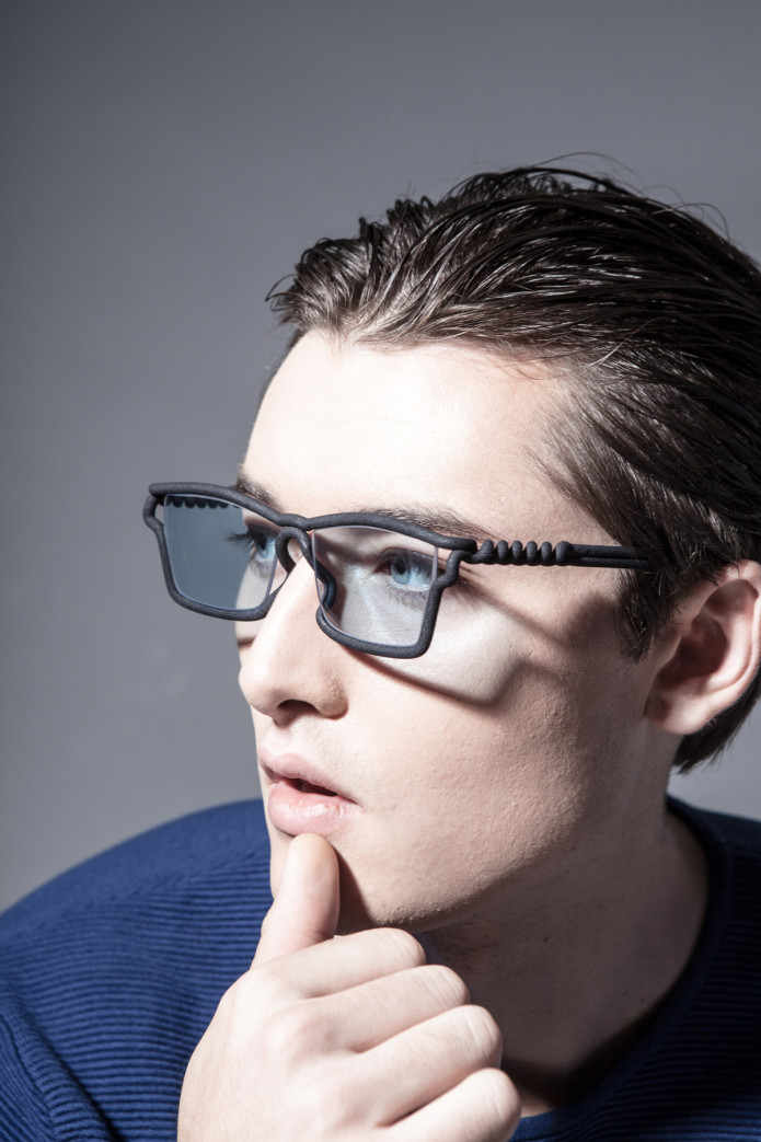 b5ec82e11d51 MONO  An Eyewear 3D Printed to Fit Your Face