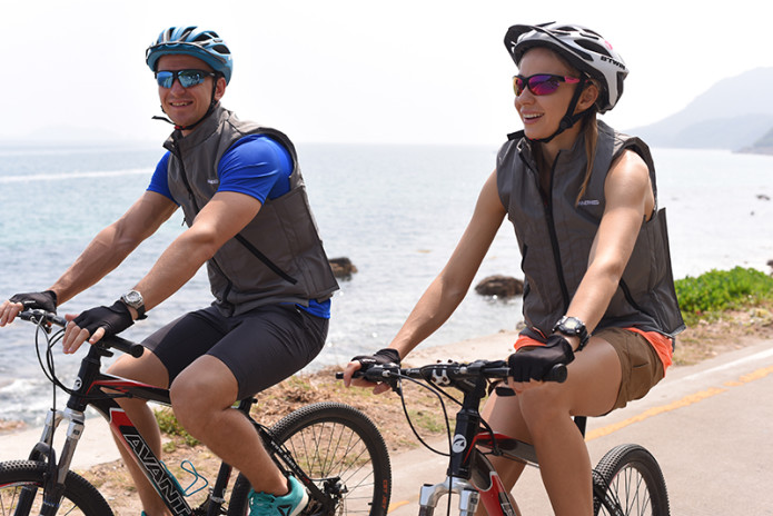 InstantCool: the Wearable AC Unit for Outdoor Use | Indiegogo
