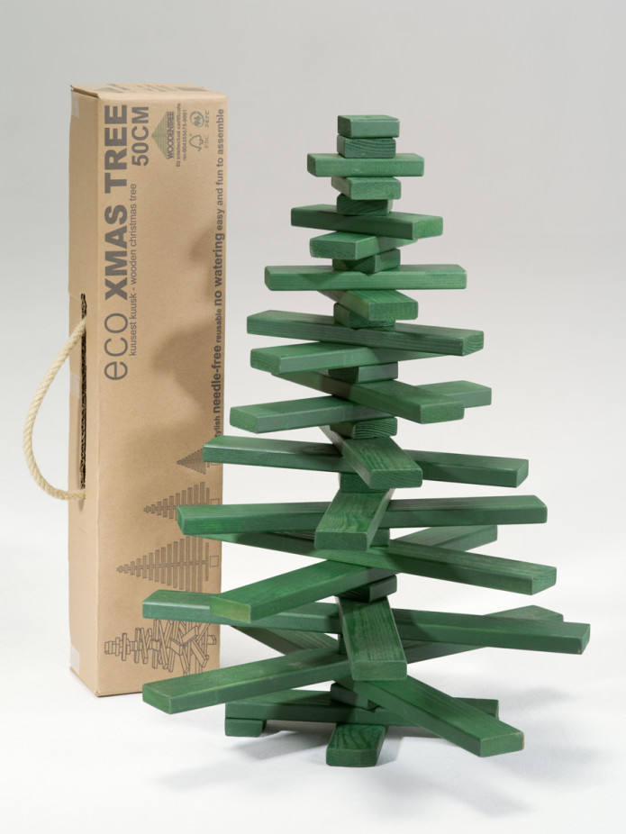 Regrowing the forests wooden christmas tree indiegogo with reaching our stretch goals you have the chance to get yourself a wooden christmas tree in other colors than natural and green solutioingenieria Image collections