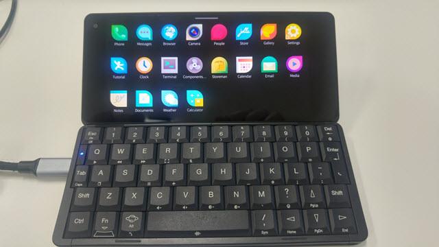 Смартфон с клавиатурой на Линукс и Ubuntu
