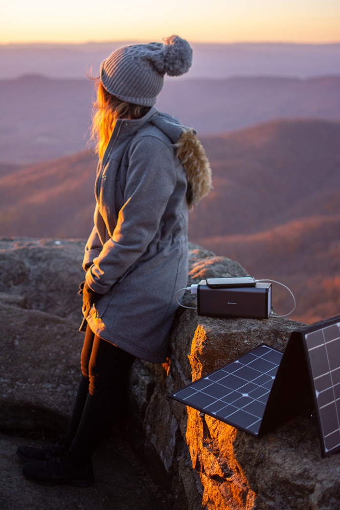 Get The World's LIGHTEST PORTABLE Power Stations | Indiegogo