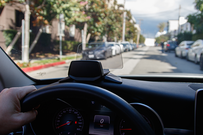 HUDWAY Drive: The best head-up display for any car | Indiegogo