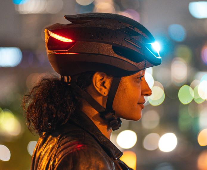 Lumos Ultra - Girl wearing helmet
