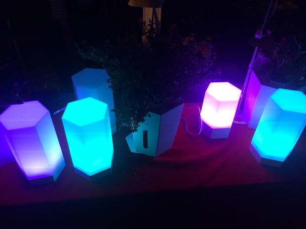 Zuzilite A Multi Function Wireless Smart Lamp Indiegogo